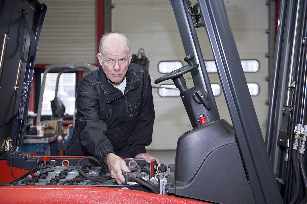 Czy regeneracja części do wózków widłowych jest opłacalna?